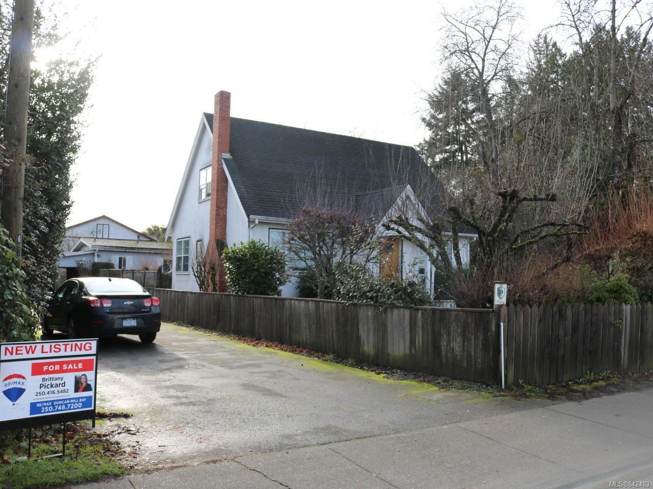Main Photo: 620 & 624 Trunk Rd in : Du East Duncan House for sale (Duncan)  : MLS®# 842483