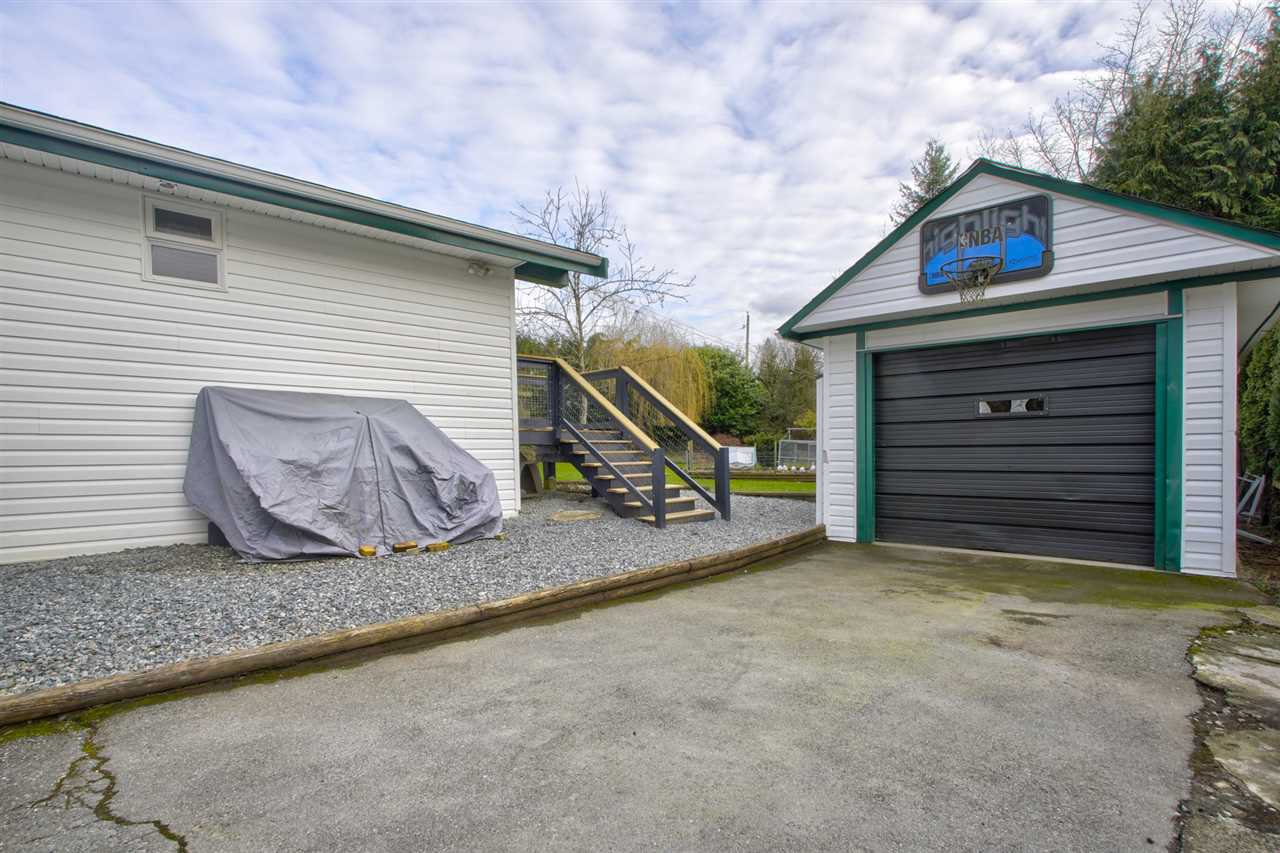 "Main Photo: 30480 MALQUIST Avenue in Mission: Mission-West House for sale in ""SILVERDALE"" : MLS®# R2438035"
