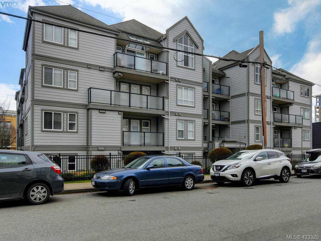 Main Photo: 103 827 North Park St in VICTORIA: Vi Central Park Condo Apartment for sale (Victoria)  : MLS®# 835965