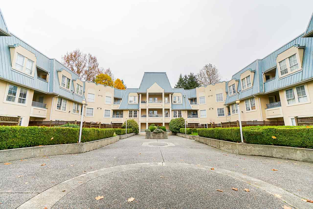 "Main Photo: 219 295 SCHOOLHOUSE Street in Coquitlam: Maillardville Condo for sale in ""Chateau Royale"" : MLS®# R2517516"
