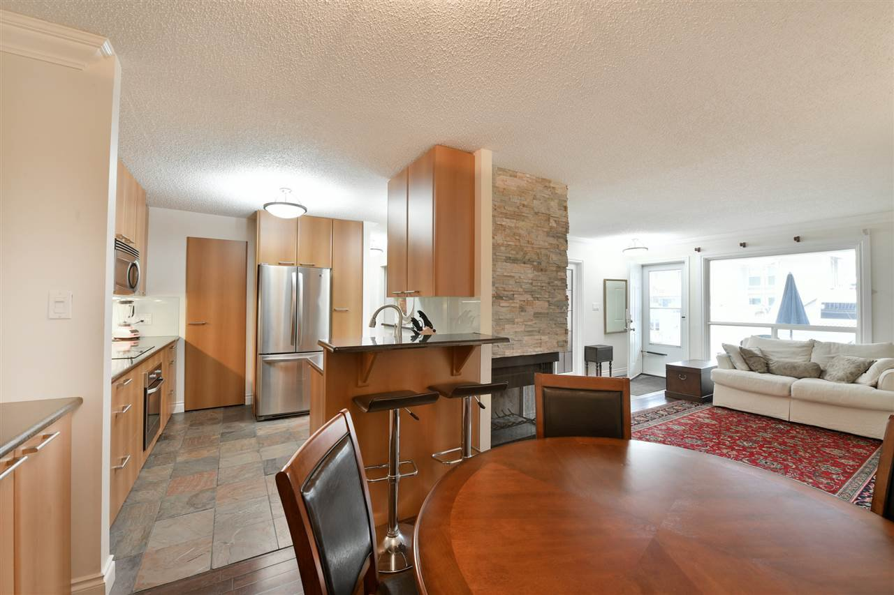 Main Photo: 1858 1858 111A Street in Edmonton: Zone 16 Carriage for sale : MLS®# E4175503
