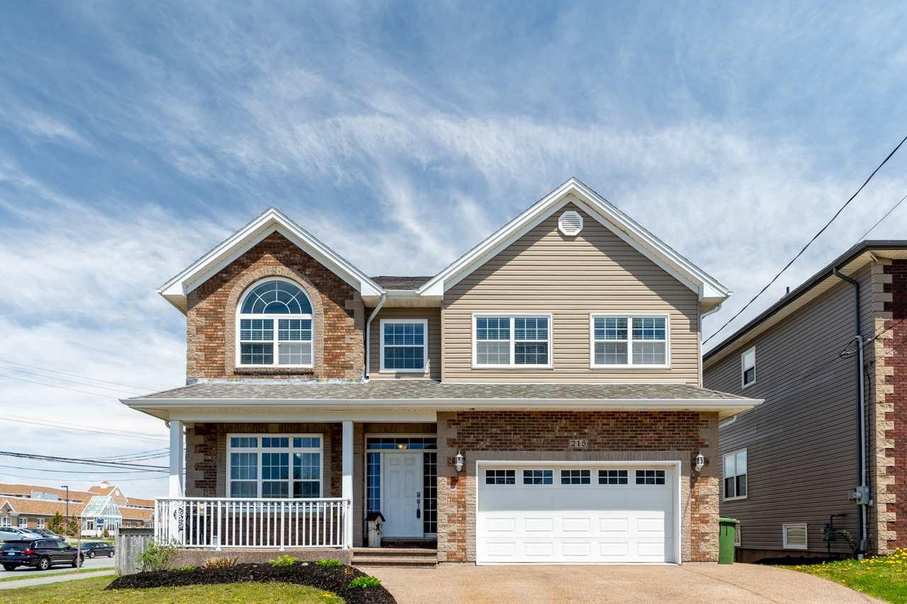 Main Photo: 215 Lindenwood Terrace in Dartmouth: 17-Woodlawn, Portland Estates, Nantucket Residential for sale (Halifax-Dartmouth)  : MLS®# 202008490
