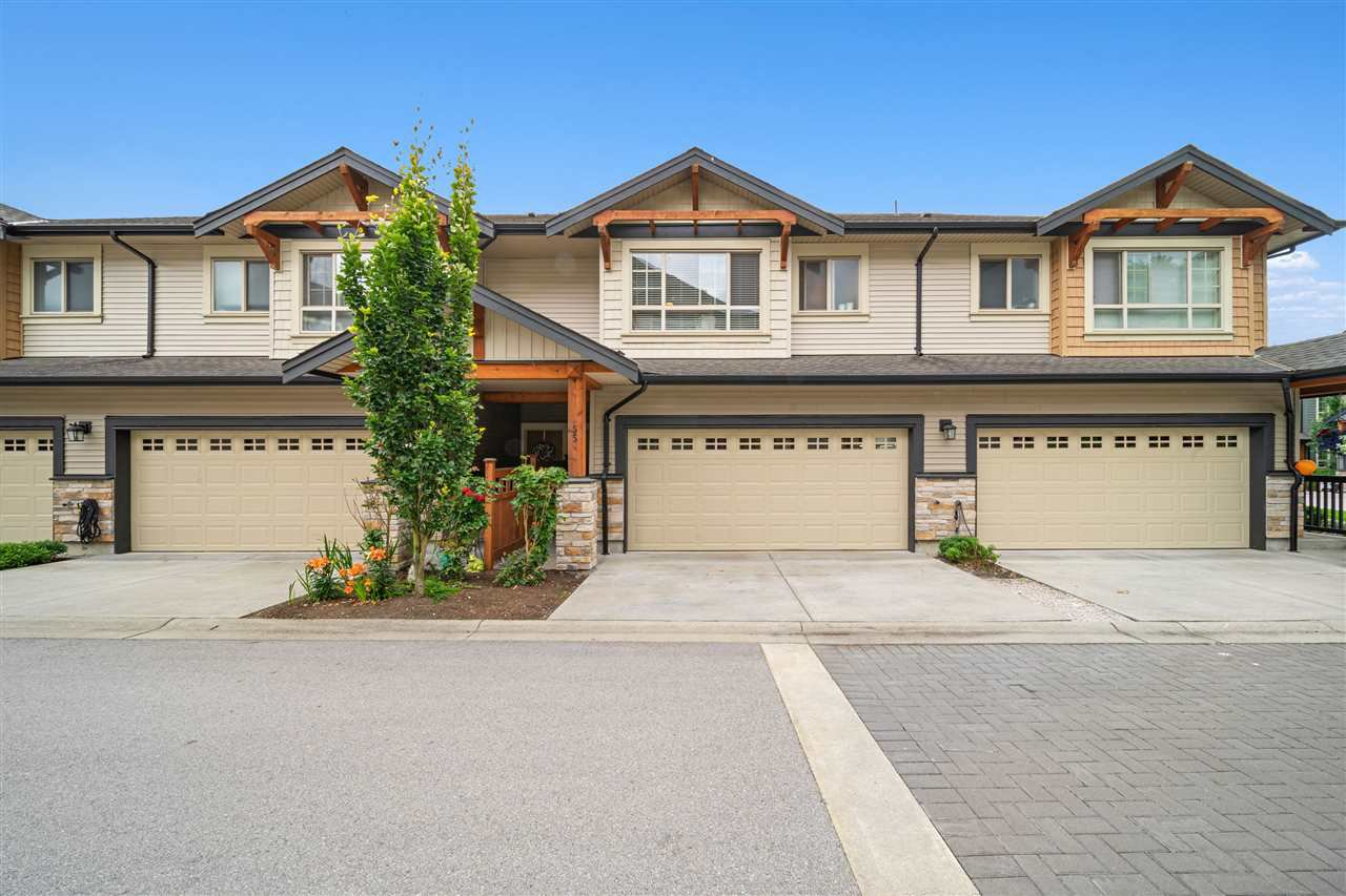"Main Photo: 55 11305 240 Street in Maple Ridge: Cottonwood MR Townhouse for sale in ""Maple Heights"" : MLS®# R2473650"