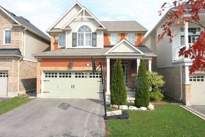 Main Photo: 1774 Liatris Drive in Pickering: Duffin Heights House (2-Storey) for sale : MLS®# E4945088