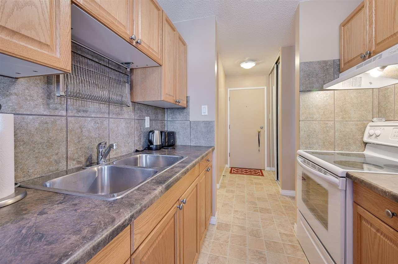 Photo 11: Photos: 303 10815 83 Avenue in Edmonton: Zone 15 Condo for sale : MLS®# E4181065