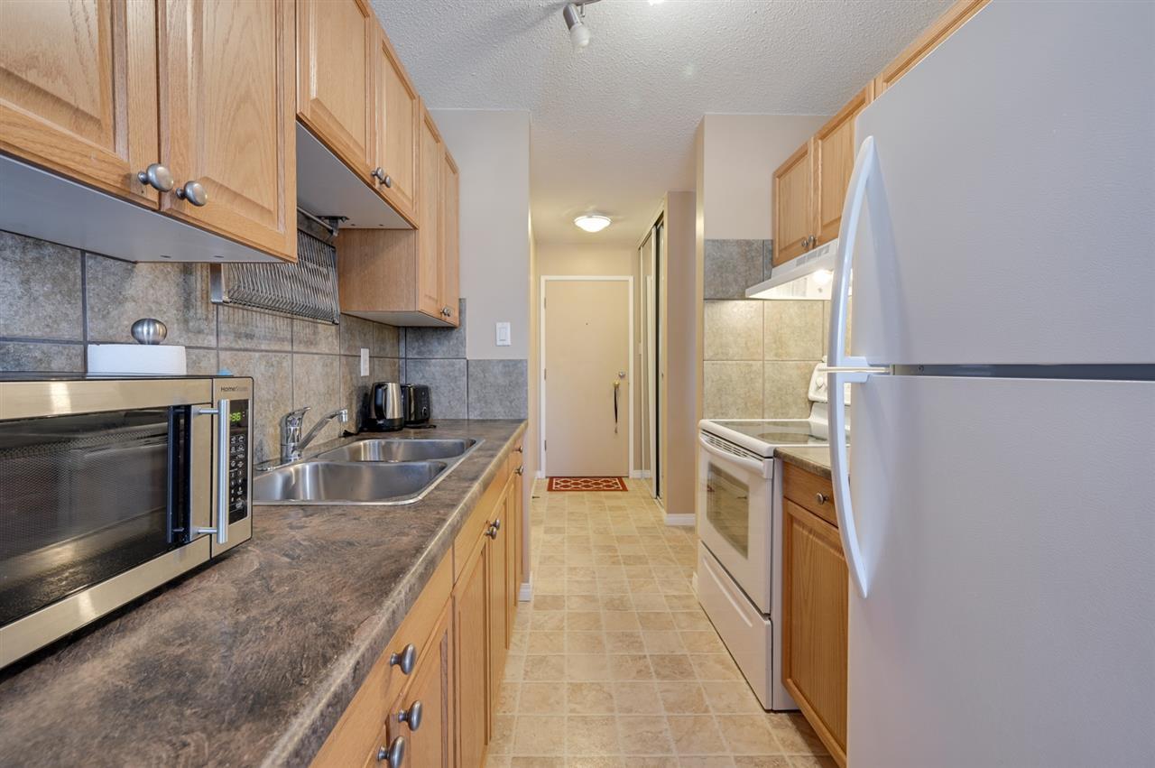 Photo 10: Photos: 303 10815 83 Avenue in Edmonton: Zone 15 Condo for sale : MLS®# E4181065