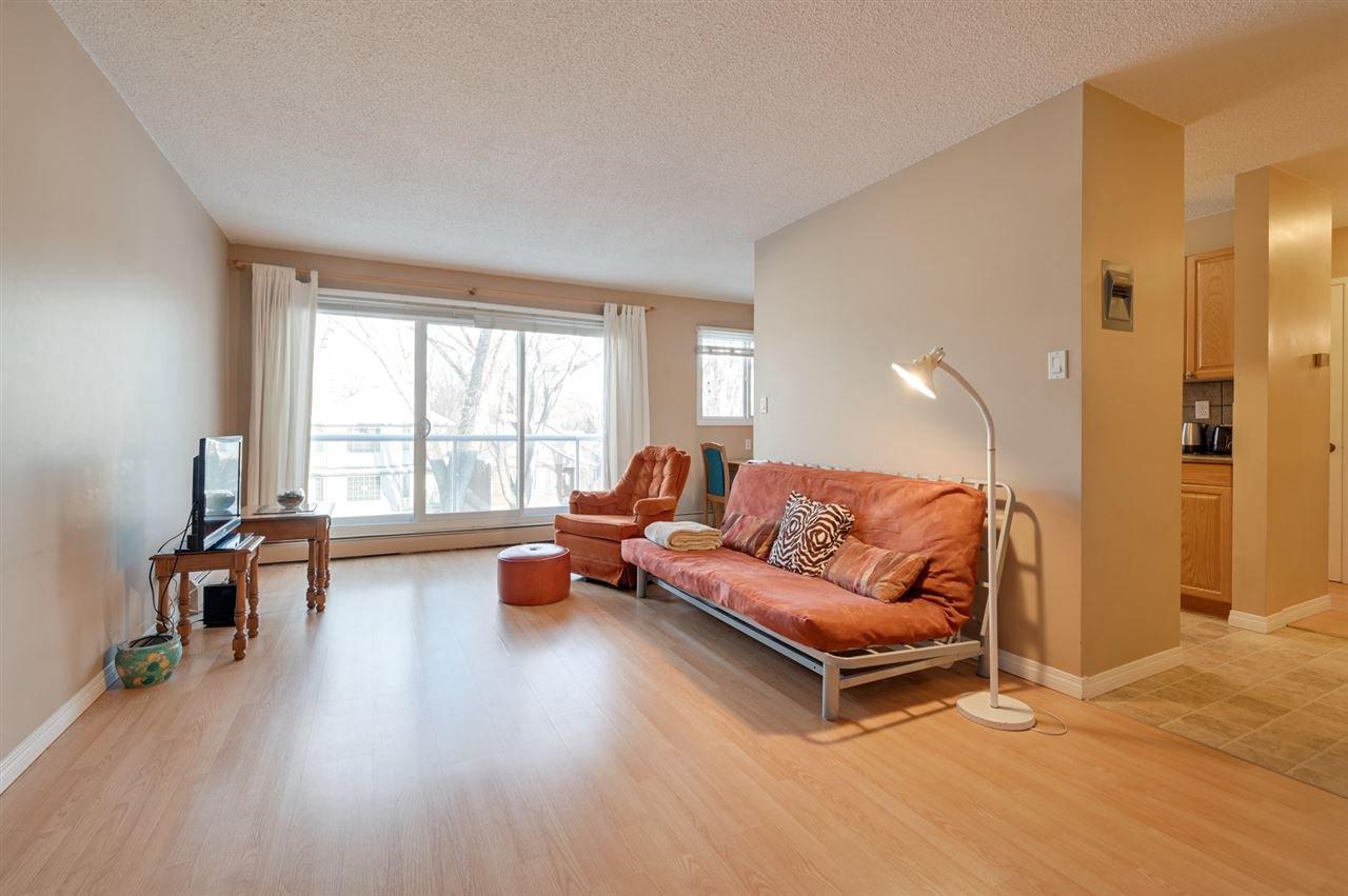 Photo 4: Photos: 303 10815 83 Avenue in Edmonton: Zone 15 Condo for sale : MLS®# E4181065