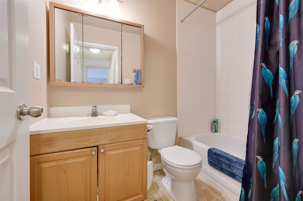 Photo 15: Photos: 303 10815 83 Avenue in Edmonton: Zone 15 Condo for sale : MLS®# E4181065