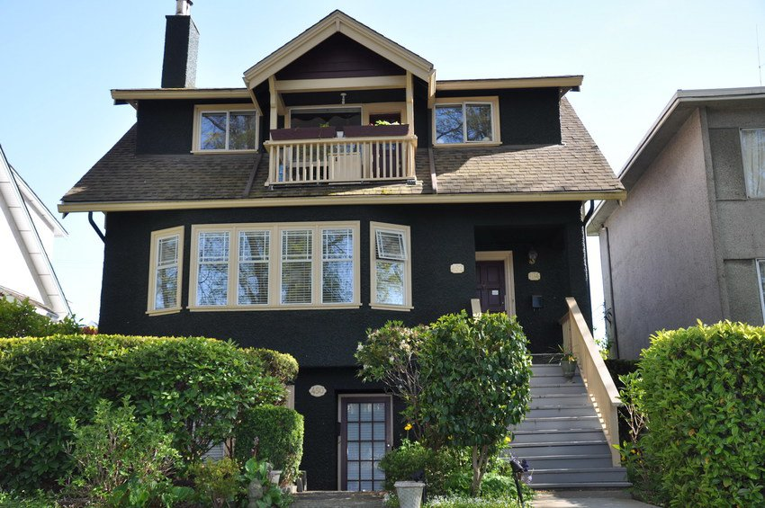 Main Photo: 452 W. 15th Avenue in Vancouver: Home for sale