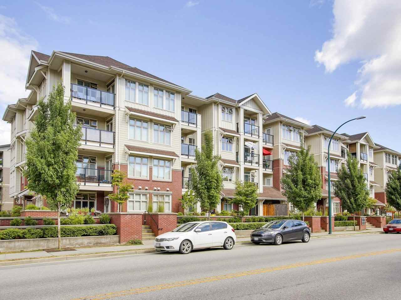 """Main Photo: 402 2330 SHAUGHNESSY Street in Port Coquitlam: Central Pt Coquitlam Condo for sale in """"AVANTI"""" : MLS®# R2446684"""