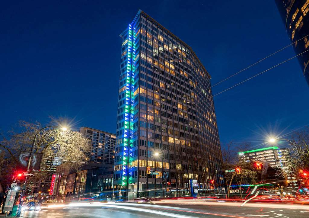 "Main Photo: 1301 989 NELSON Street in Vancouver: Downtown VW Condo for sale in ""THE ELECTRA"" (Vancouver West)  : MLS®# R2460335"