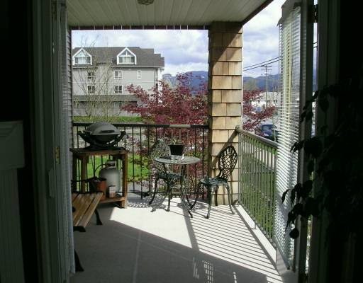"Photo 8: Photos: 210 12207 224TH ST in Maple Ridge: West Central Condo for sale in ""EVERGREEN"" : MLS®# V586626"