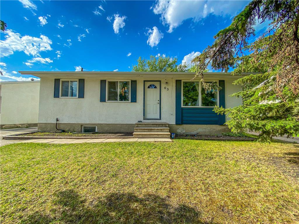Main Photo: 63 DONALD Avenue in Steinbach: Residential for sale (R16)  : MLS®# 202012339
