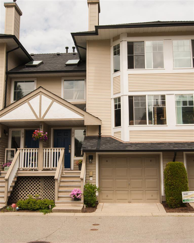 """Main Photo: 32 7640 BLOTT Street in Mission: Mission BC Townhouse for sale in """"Amberlea"""" : MLS®# R2469610"""