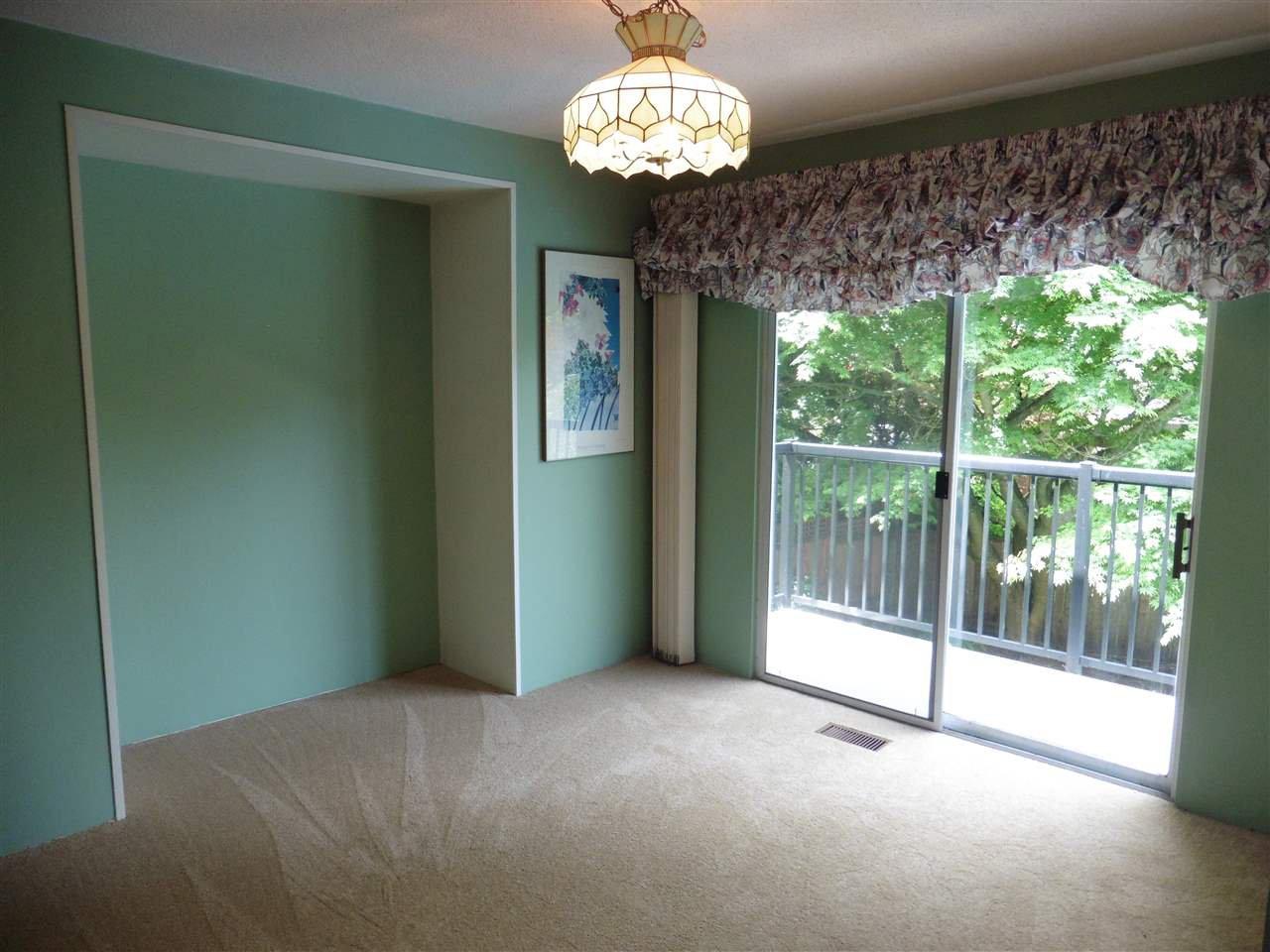 "Photo 7: Photos: 6683 STONEY Crescent in Delta: Sunshine Hills Woods House for sale in ""SUNSHINE HILLS"" (N. Delta)  : MLS®# R2470318"
