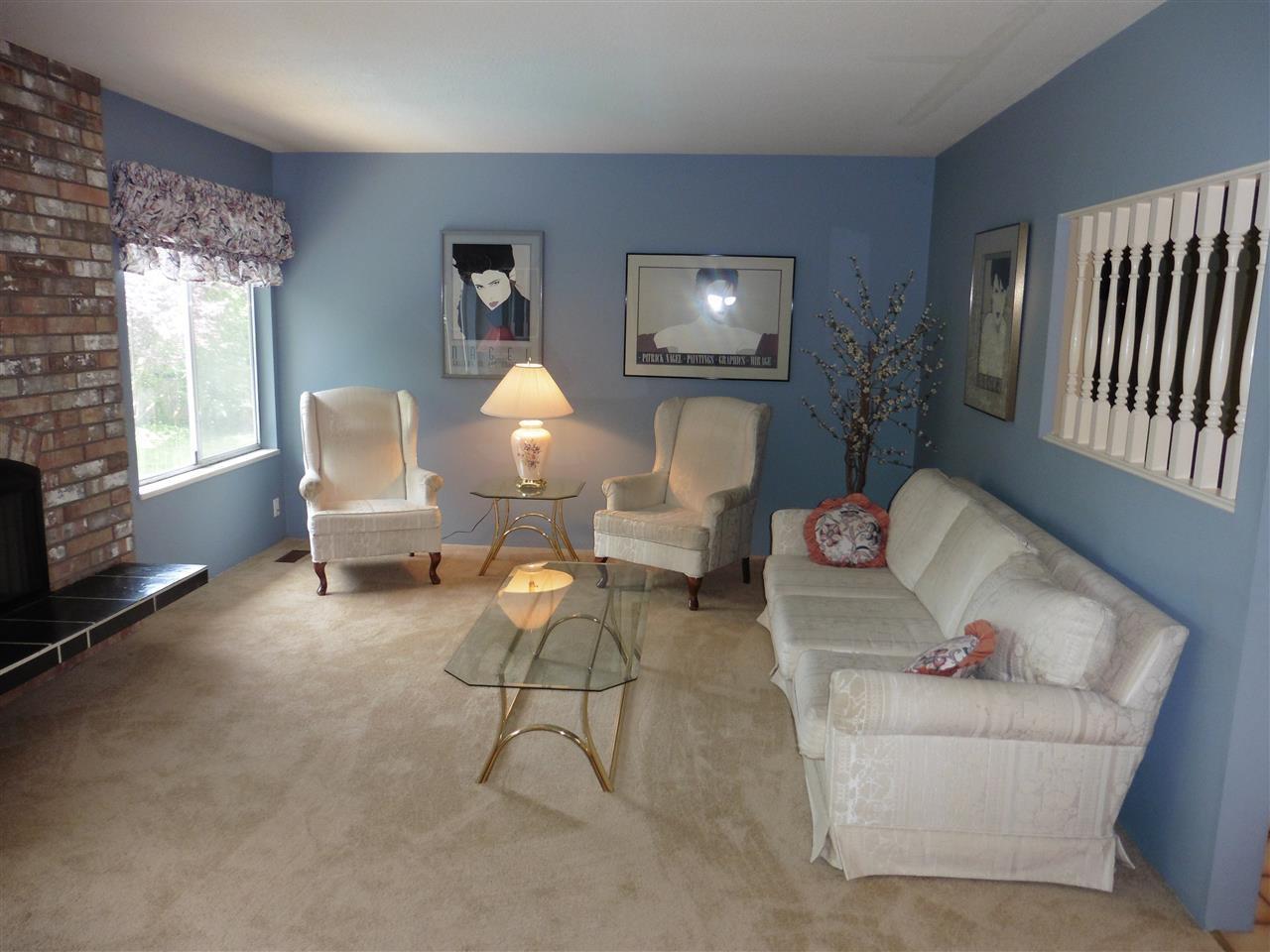 "Photo 3: Photos: 6683 STONEY Crescent in Delta: Sunshine Hills Woods House for sale in ""SUNSHINE HILLS"" (N. Delta)  : MLS®# R2470318"