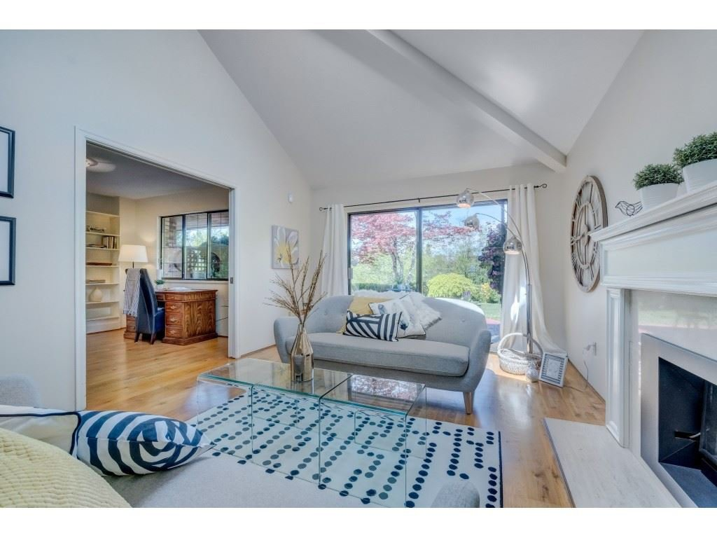 """Main Photo: 47 1725 SOUTHMERE Crescent in Surrey: Sunnyside Park Surrey Townhouse for sale in """"Englesea"""" (South Surrey White Rock)  : MLS®# R2412302"""