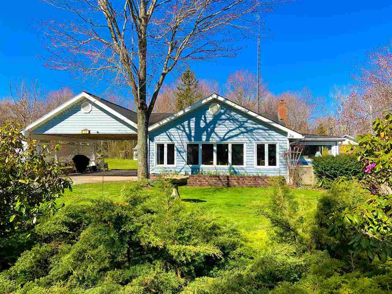 Main Photo: 29 BAYVIEW Drive in North Grand Pre: 404-Kings County Residential for sale (Annapolis Valley)  : MLS®# 202008225