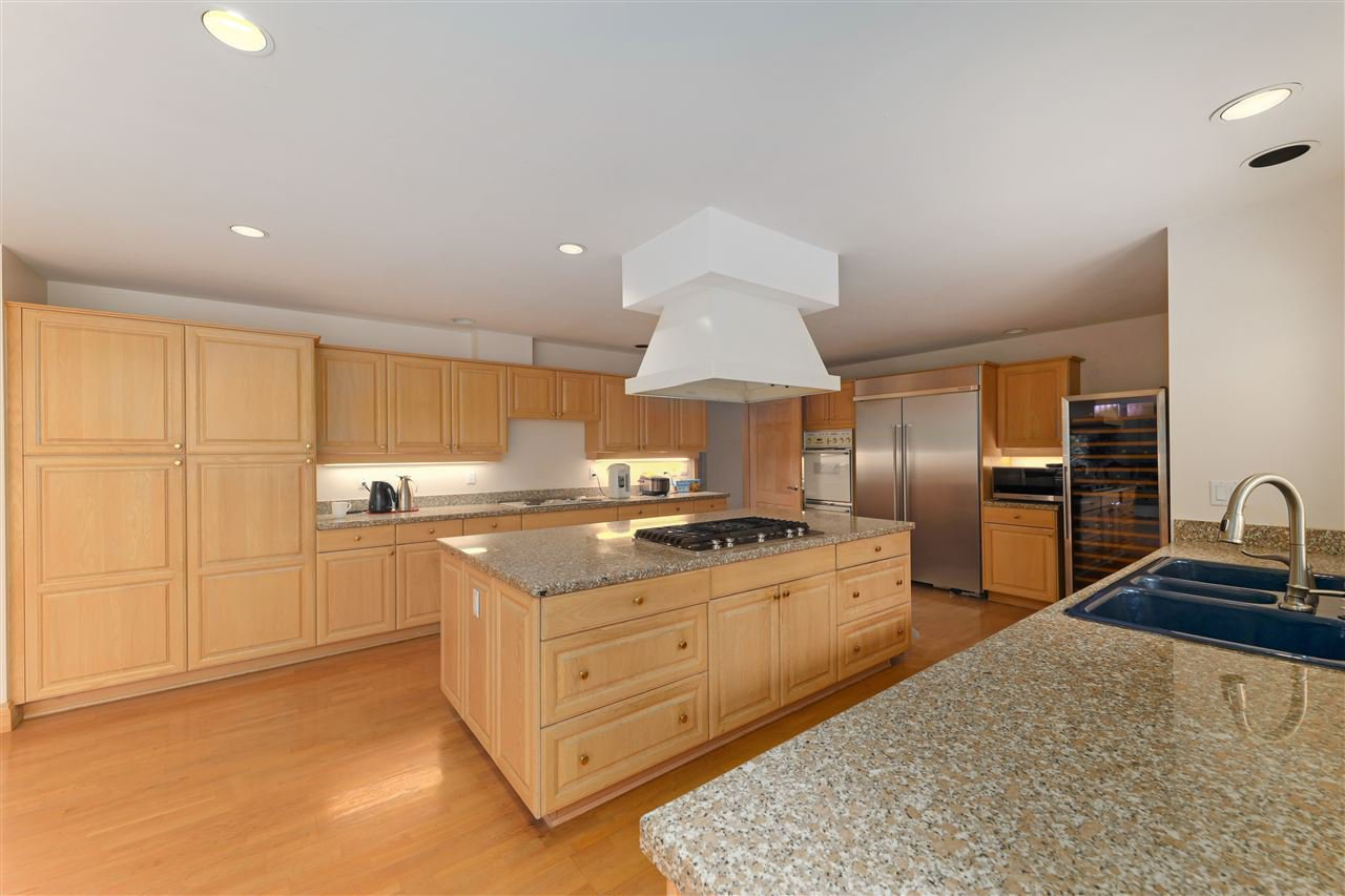 Photo 17: Photos: 4768 DRUMMOND Drive in Vancouver: Point Grey House for sale (Vancouver West)  : MLS®# R2480658