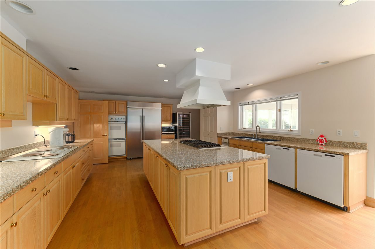 Photo 16: Photos: 4768 DRUMMOND Drive in Vancouver: Point Grey House for sale (Vancouver West)  : MLS®# R2480658