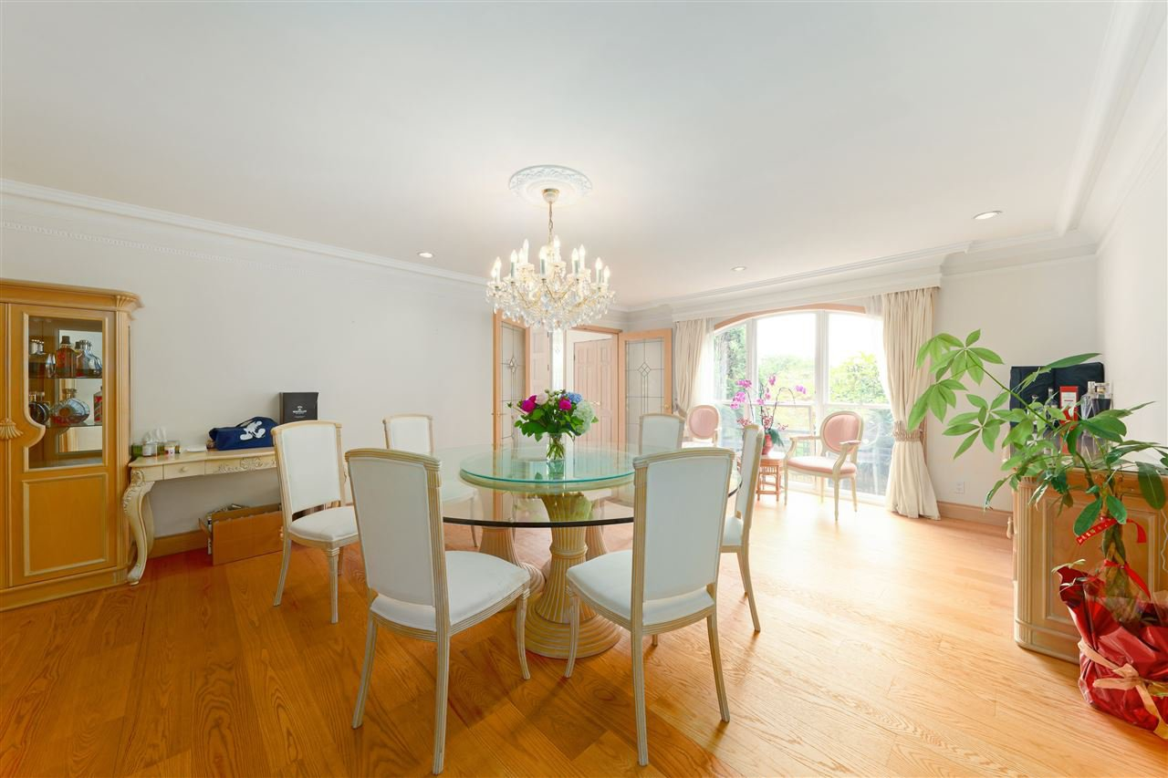 Photo 11: Photos: 4768 DRUMMOND Drive in Vancouver: Point Grey House for sale (Vancouver West)  : MLS®# R2480658