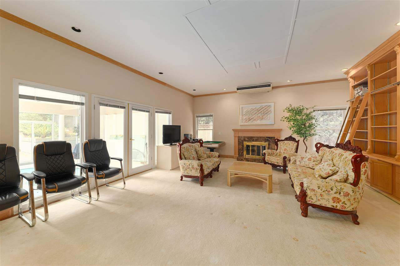 Photo 12: Photos: 4768 DRUMMOND Drive in Vancouver: Point Grey House for sale (Vancouver West)  : MLS®# R2480658
