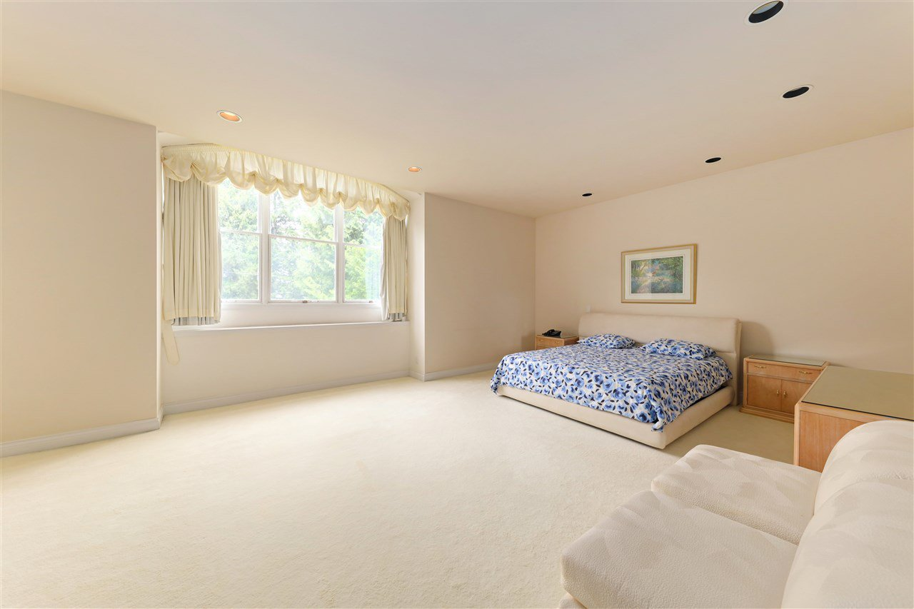 Photo 25: Photos: 4768 DRUMMOND Drive in Vancouver: Point Grey House for sale (Vancouver West)  : MLS®# R2480658
