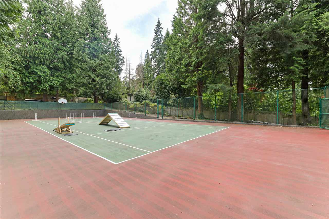 Photo 37: Photos: 4768 DRUMMOND Drive in Vancouver: Point Grey House for sale (Vancouver West)  : MLS®# R2480658