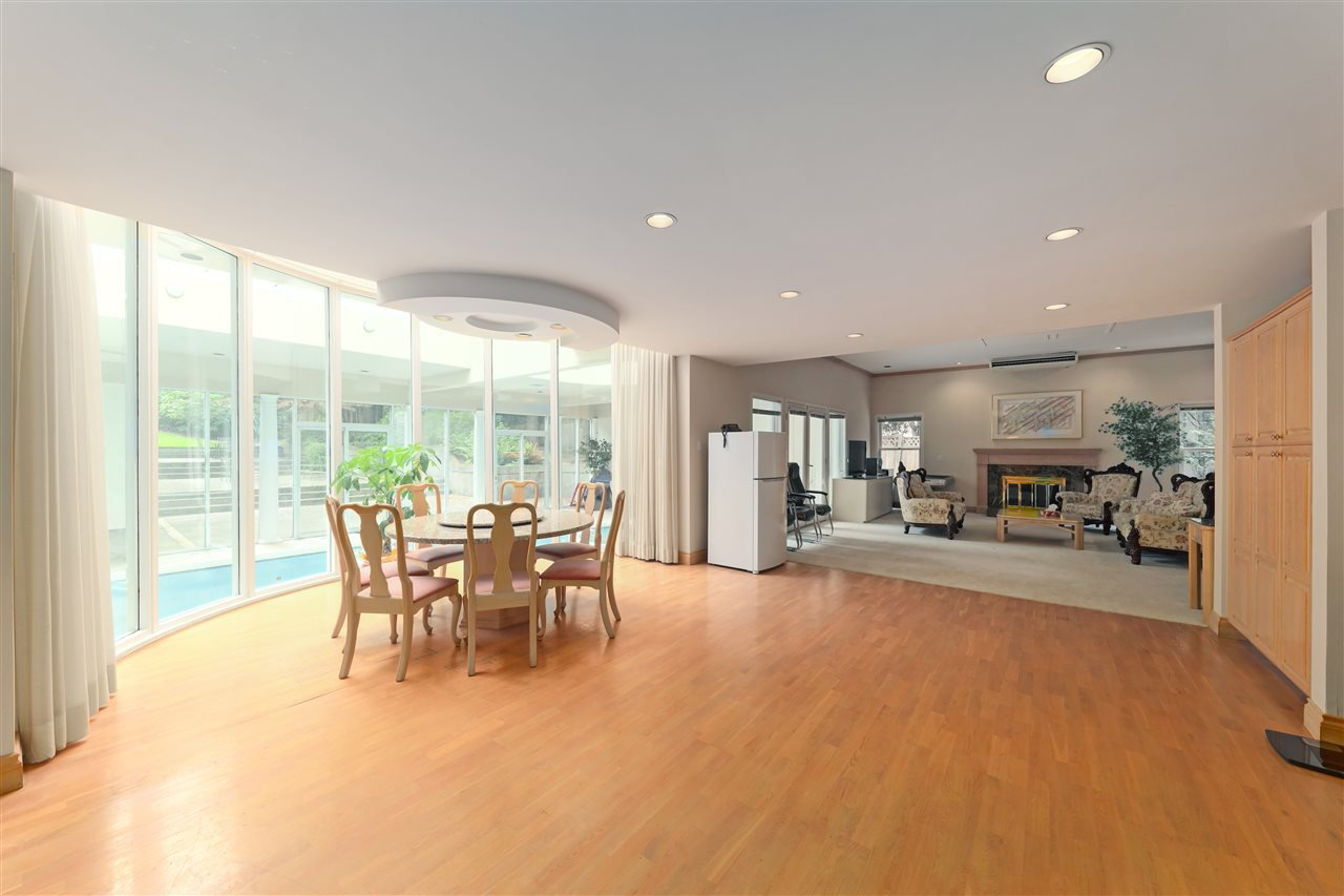 Photo 14: Photos: 4768 DRUMMOND Drive in Vancouver: Point Grey House for sale (Vancouver West)  : MLS®# R2480658