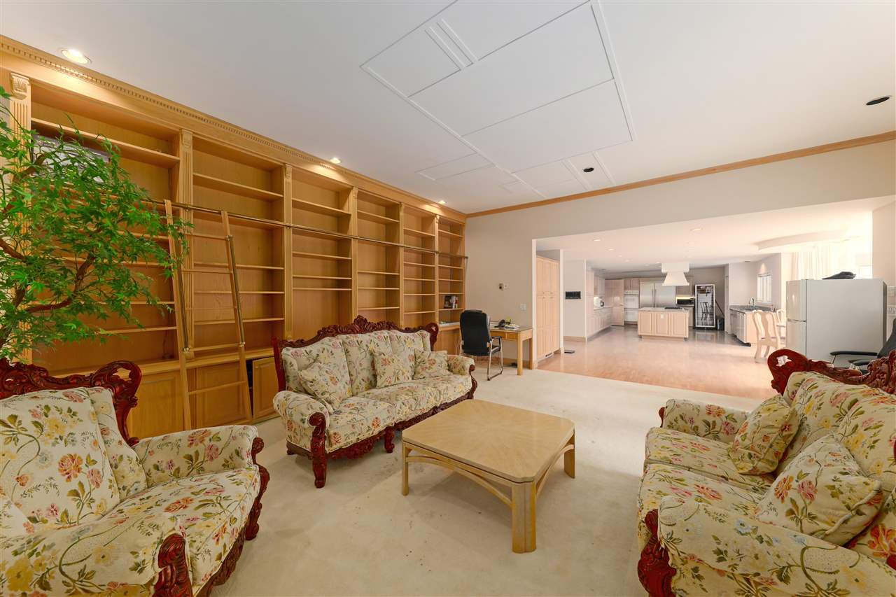 Photo 13: Photos: 4768 DRUMMOND Drive in Vancouver: Point Grey House for sale (Vancouver West)  : MLS®# R2480658