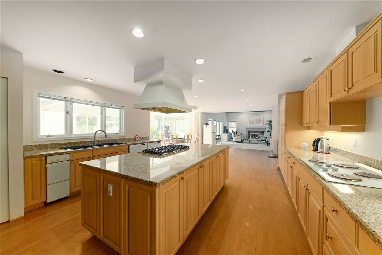 Photo 18: Photos: 4768 DRUMMOND Drive in Vancouver: Point Grey House for sale (Vancouver West)  : MLS®# R2480658