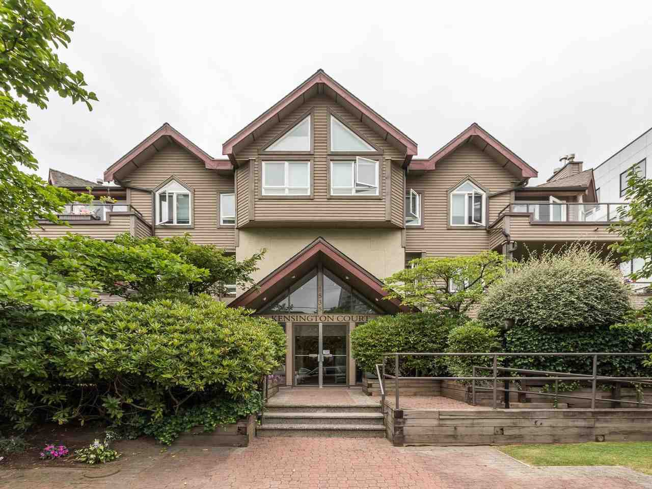 """Main Photo: 203 1535 CHESTERFIELD Avenue in North Vancouver: Central Lonsdale Condo for sale in """"KENSINGTON COURT"""" : MLS®# R2479537"""