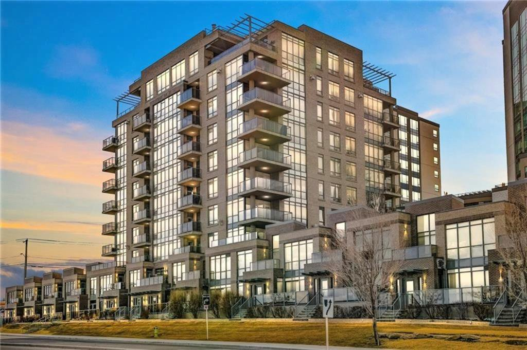 Main Photo: 14609 SHAWNEE Gate SW in Calgary: Shawnee Slopes Row/Townhouse for sale : MLS®# A1010386