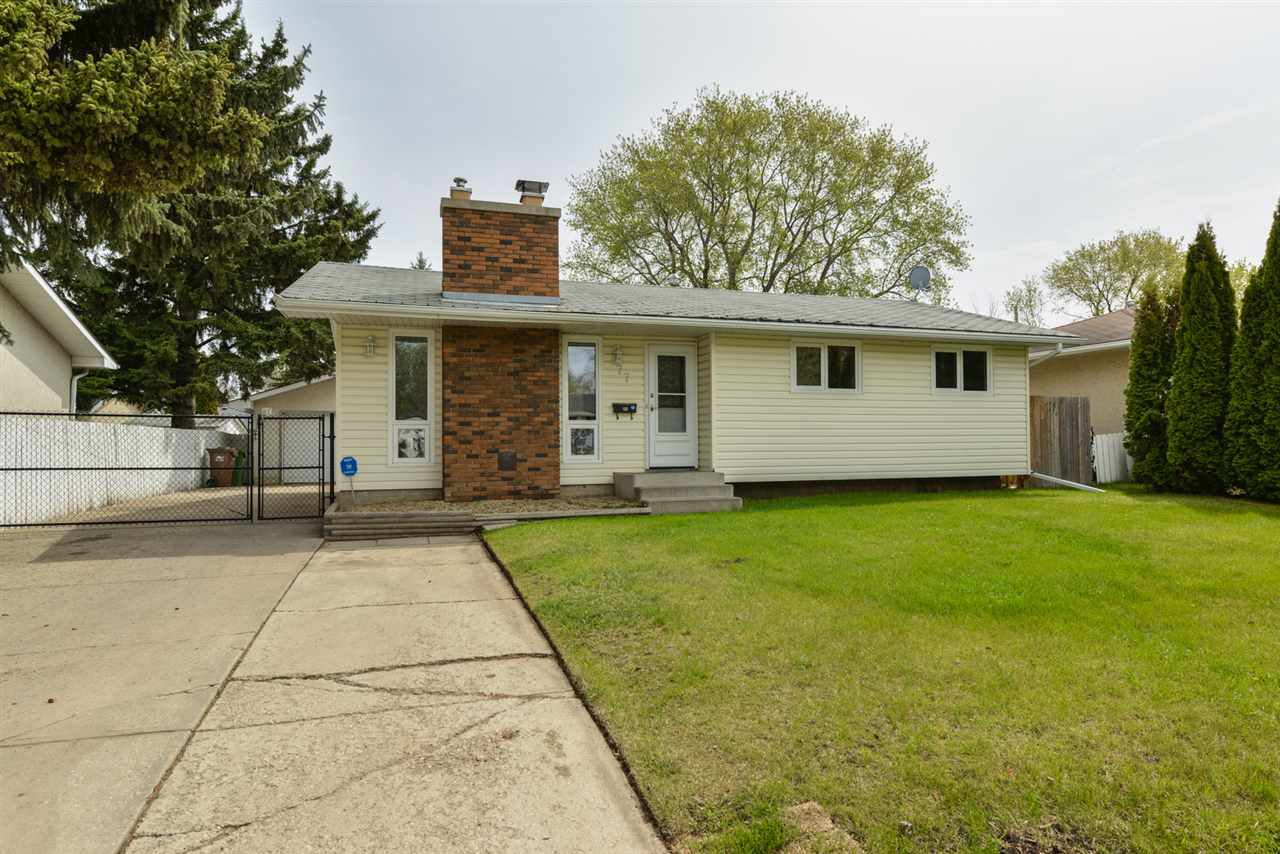 Main Photo: 77 Springfield Crescent: St. Albert House for sale : MLS®# E4180883