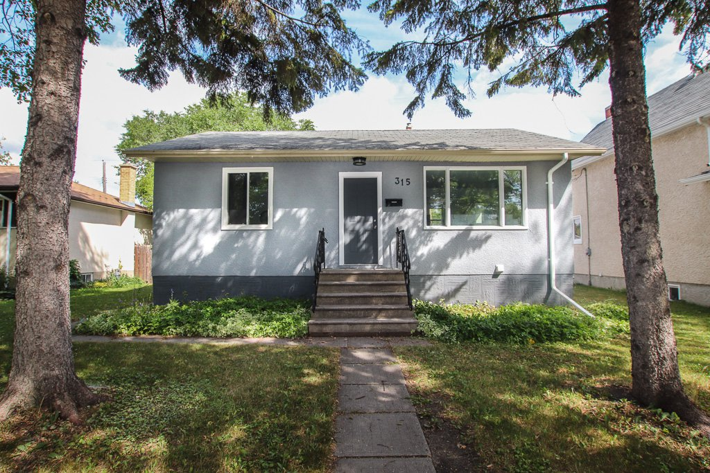 Main Photo: 315 West Harvard Avenue in Winnipeg: West Transcona House for sale (3L)  : MLS®# 1922089