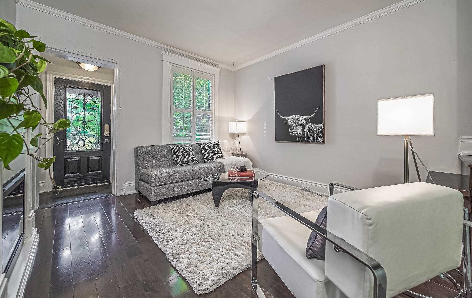 Main Photo: 195 Munro Street in Toronto: South Riverdale House (2-Storey) for sale (Toronto E01)  : MLS®# E4849891