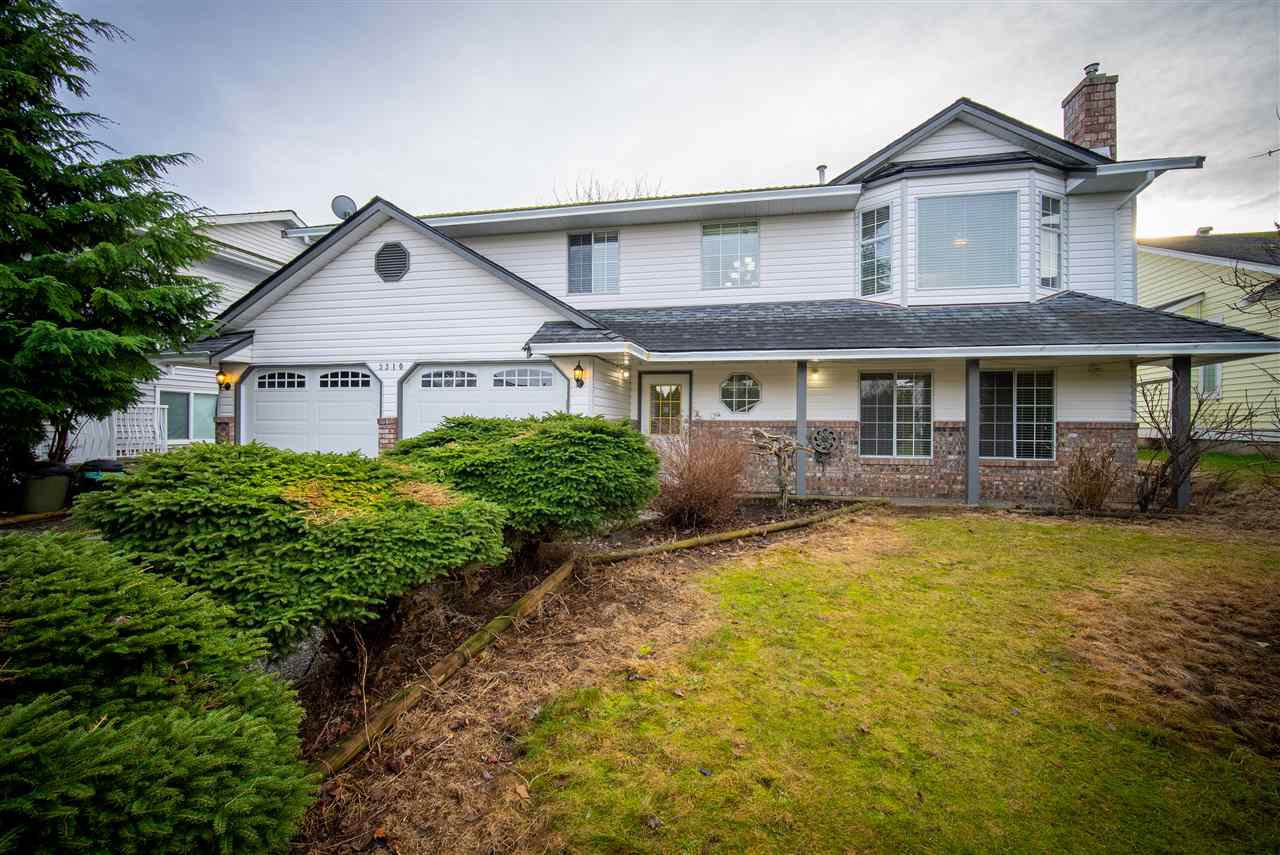Main Photo: 3310 HEDLEY Street in Abbotsford: Abbotsford West House for sale : MLS®# R2527701