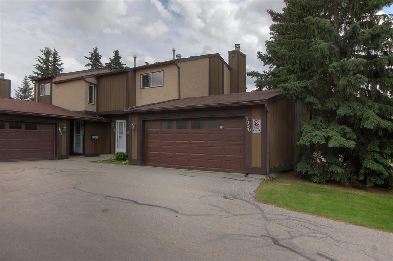 Main Photo: 7059 32 Avenue in Edmonton: Zone 29 Townhouse for sale : MLS®# E4176646