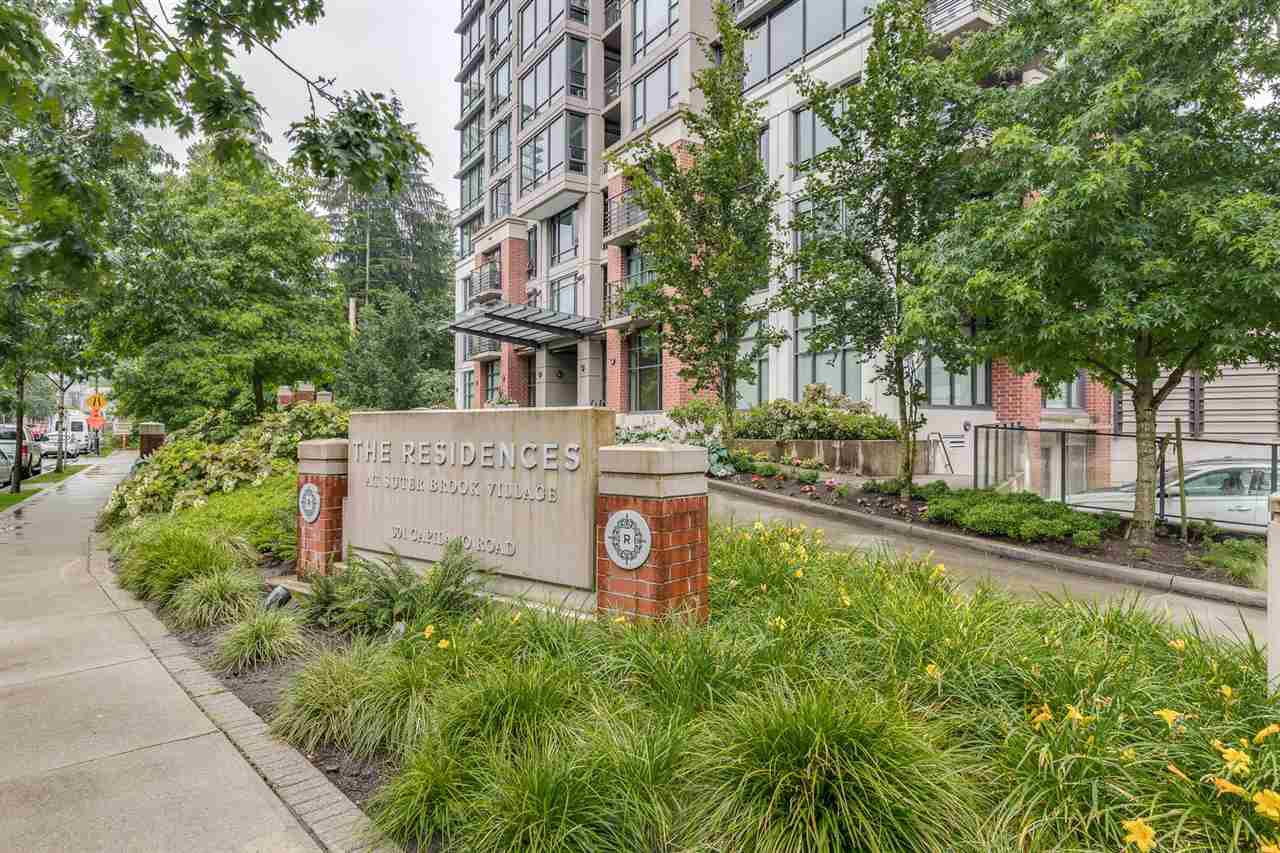 "Photo 2: Photos: 204 301 CAPILANO Road in Port Moody: Port Moody Centre Condo for sale in ""The Residences"" : MLS®# R2474301"