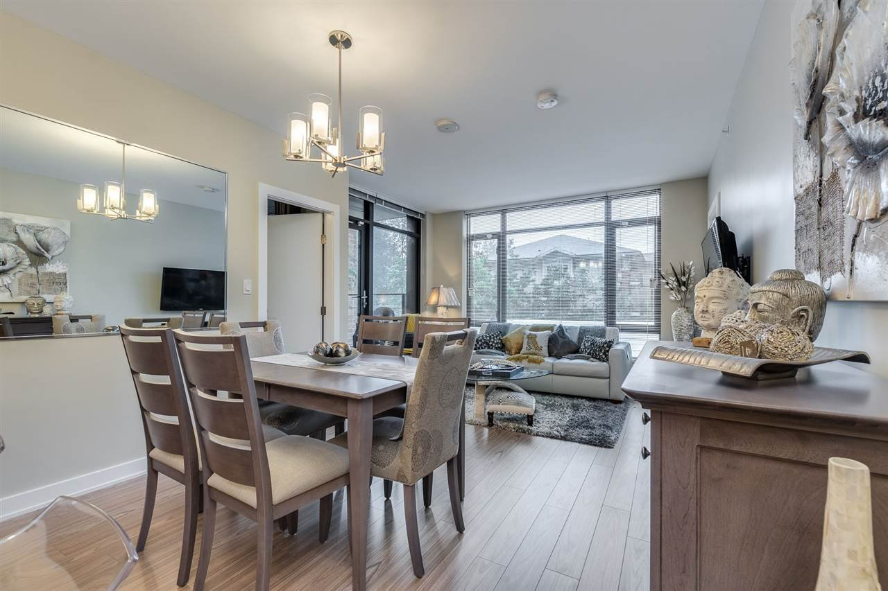 "Photo 5: Photos: 204 301 CAPILANO Road in Port Moody: Port Moody Centre Condo for sale in ""The Residences"" : MLS®# R2474301"