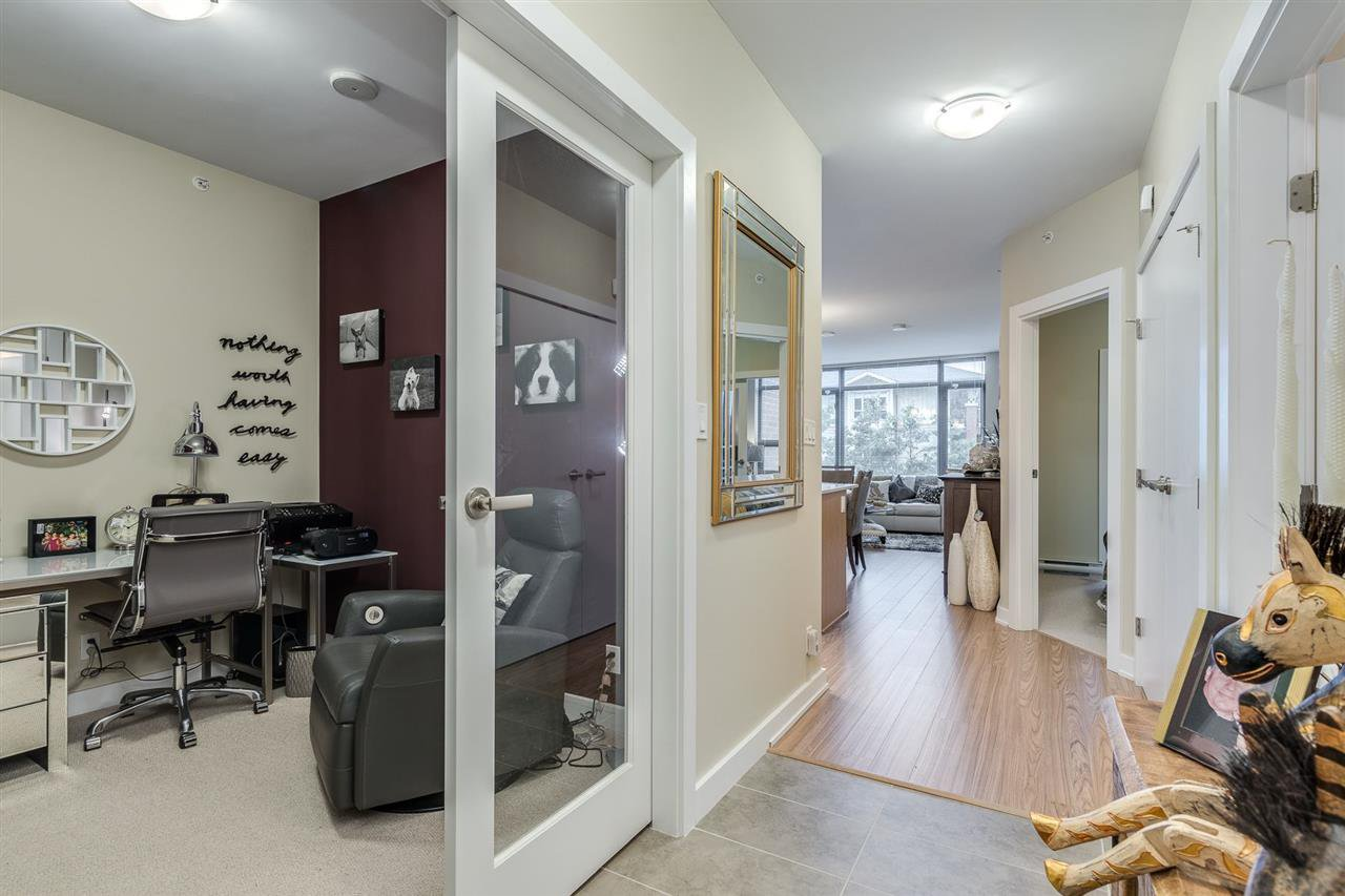 "Photo 16: Photos: 204 301 CAPILANO Road in Port Moody: Port Moody Centre Condo for sale in ""The Residences"" : MLS®# R2474301"
