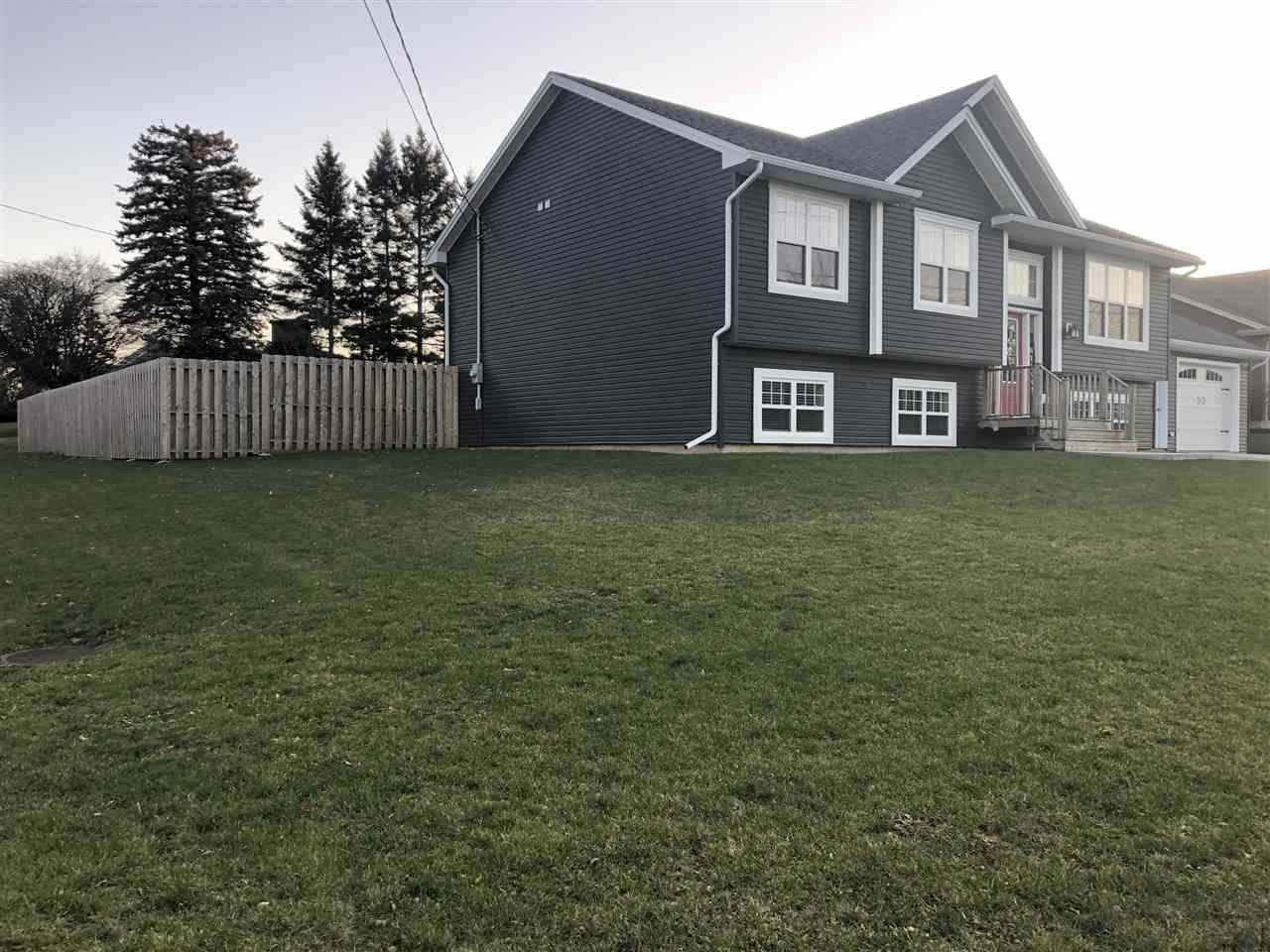 Photo 2: Photos: 2 Parkview Drive in New Glasgow: 106-New Glasgow, Stellarton Residential for sale (Northern Region)  : MLS®# 201927397