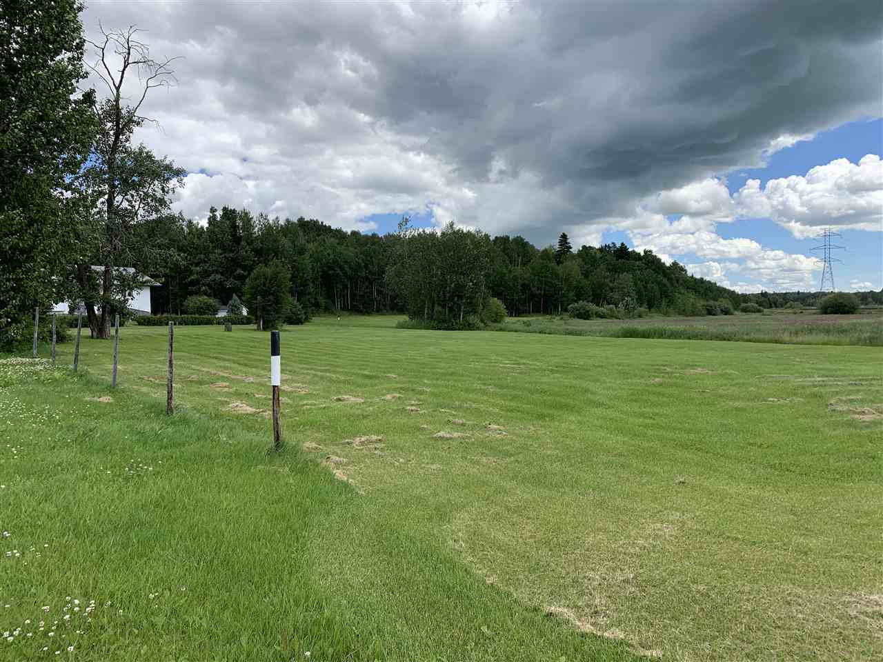 Main Photo: 5012 46A Street: Wabamun Vacant Lot for sale : MLS®# E4207278