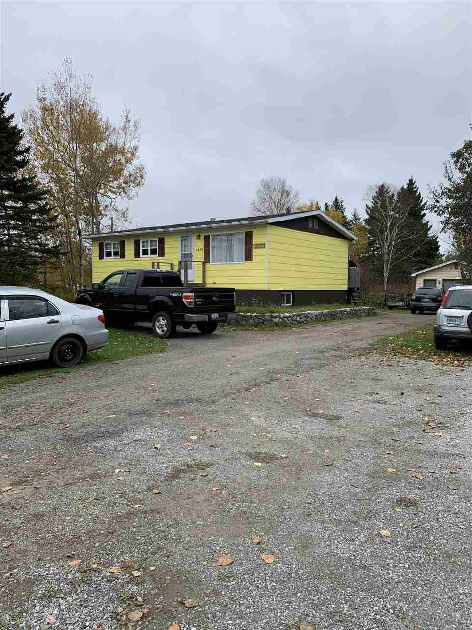 Main Photo: 1915 Kings Road in Howie Centre: 207-C. B. County Residential for sale (Cape Breton)  : MLS®# 202022301