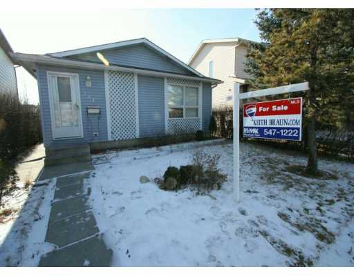 Main Photo:  in CALGARY: Riverbend Residential Detached Single Family for sale (Calgary)  : MLS®# C3200574