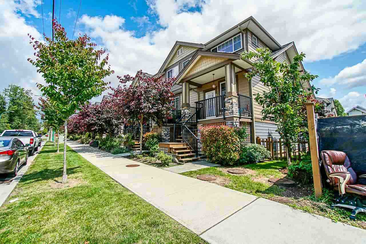 """Main Photo: 17 18818 71 Avenue in Surrey: Clayton Townhouse for sale in """"Joi Living II"""" (Cloverdale)  : MLS®# R2526344"""