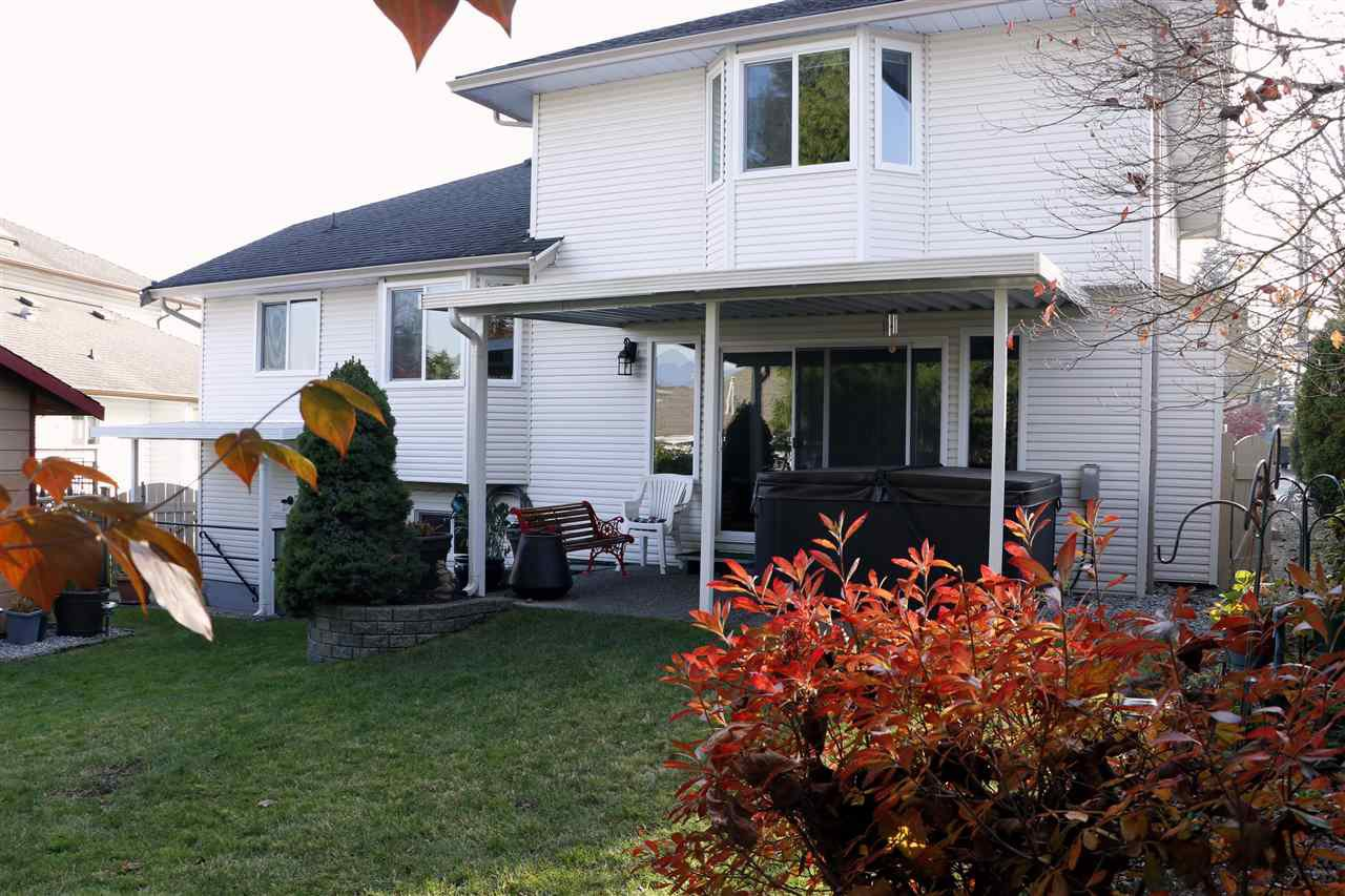 Photo 17: Photos: 19624 SOMERSET Drive in Pitt Meadows: Mid Meadows House for sale : MLS®# R2418234
