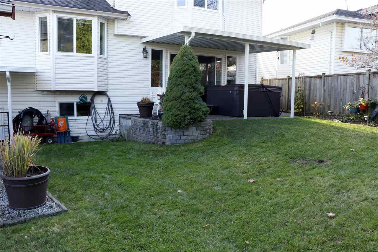 Photo 18: Photos: 19624 SOMERSET Drive in Pitt Meadows: Mid Meadows House for sale : MLS®# R2418234