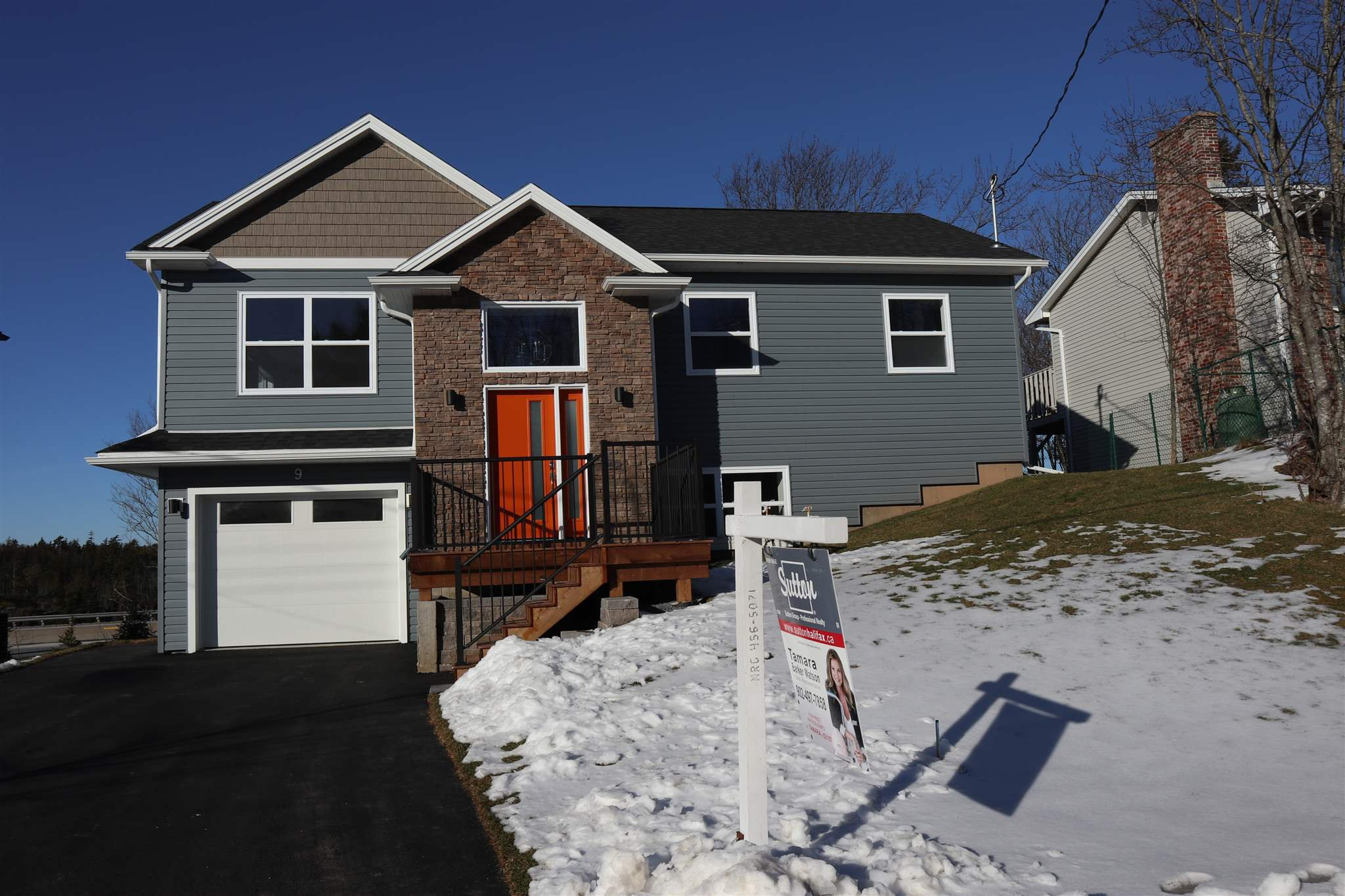 Main Photo: 9 Alpine Court in Bedford West: 20-Bedford Residential for sale (Halifax-Dartmouth)  : MLS®# 202005638