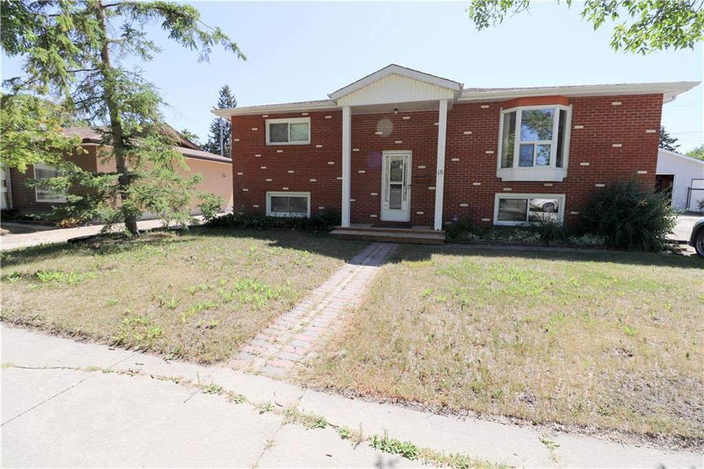 Main Photo: 18 St Martin Boulevard in Winnipeg: East Transcona Residential for sale (3M)  : MLS®# 202016709